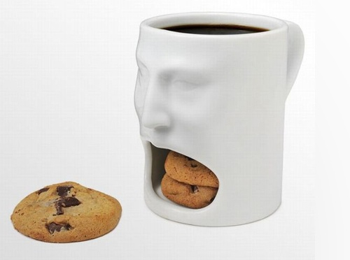 Image of a coffee cup eating a chocolate chip cookie | 108 uses for a coffee mug for advertising and promotion